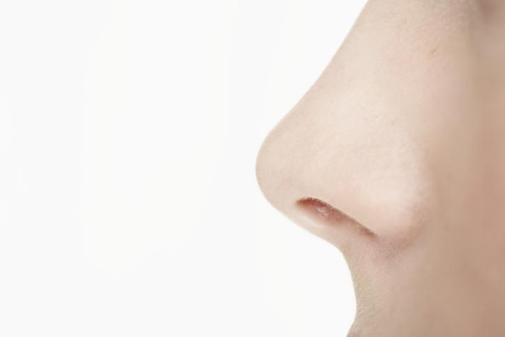 Какая прическа подходить если широкий нос фото