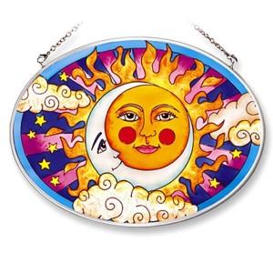 витраж солнца на стекле