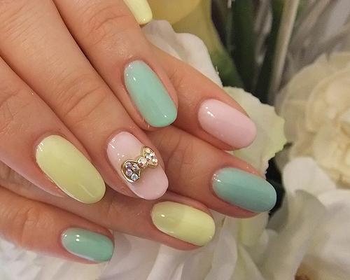 Дизайн разноцветных ногтей фото