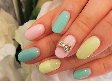 Разноцветные ногти: фото 2