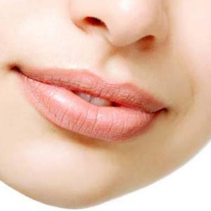 трещины на губах причины как лечить