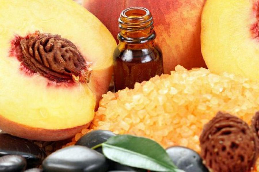 Масло персиковое для ухода за кожей лица