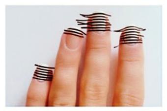 Пошаговое-создание-простых-полосок-на-ногтях