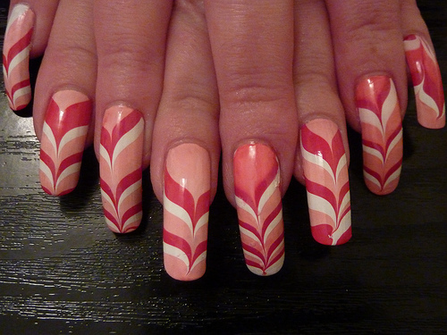 красно-молочный дизайн ногтей 2015
