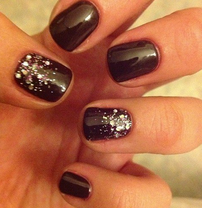 Фото ногтей темного цвета 72