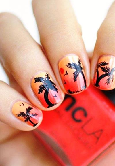 модный маникюр с изображением пальм
