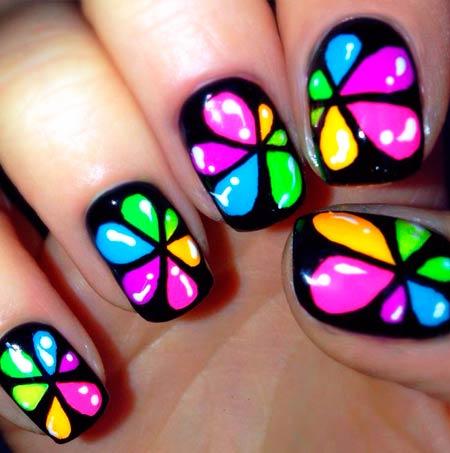 разноцветные капельки на ногтях фото