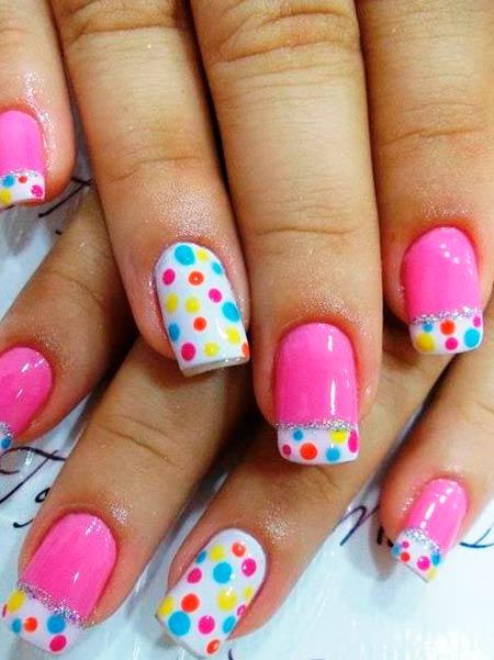 цветной горошек на ногтях с розовым