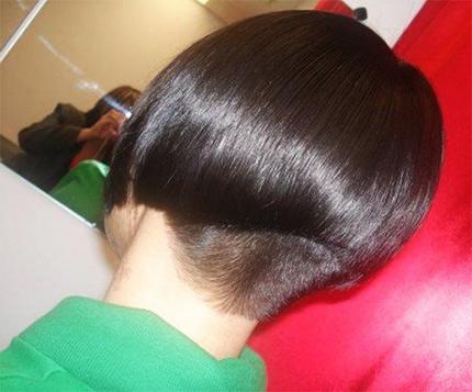 укороченный затылок на волосах