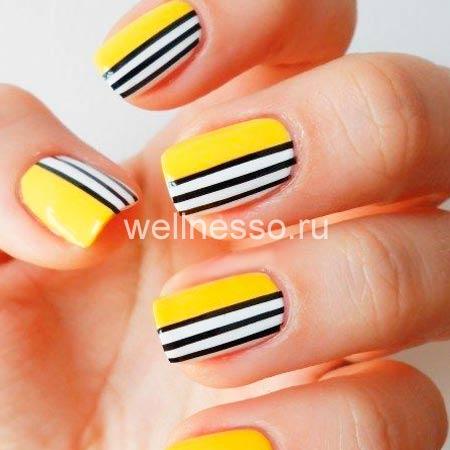 Полоски на коротких ногтях фото
