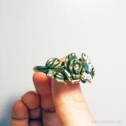 кольцо на два пальца с розами и бабочкой