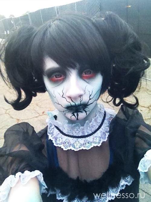 макияж жуткой куклы для Хэллоуина