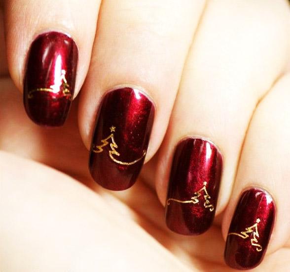 новогодние елочки золотым на красных ногтях