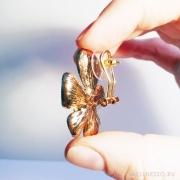 сережки крупные цветы с бирюзовыми кристалликами