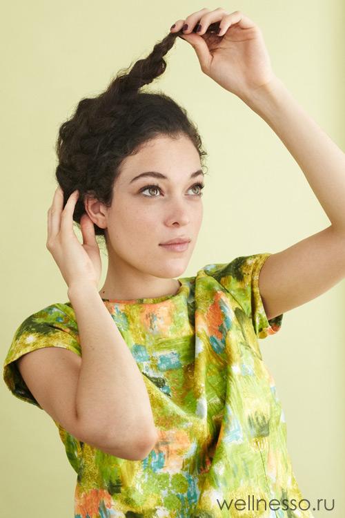 Обвивайте косу по окружности головы