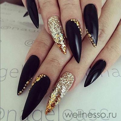 Золотой маникюр с черным – 20 ФОТО идей дизайна ногтей!