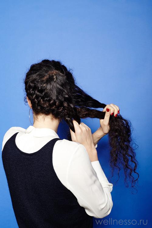 Двигаетесь по всей длине волос