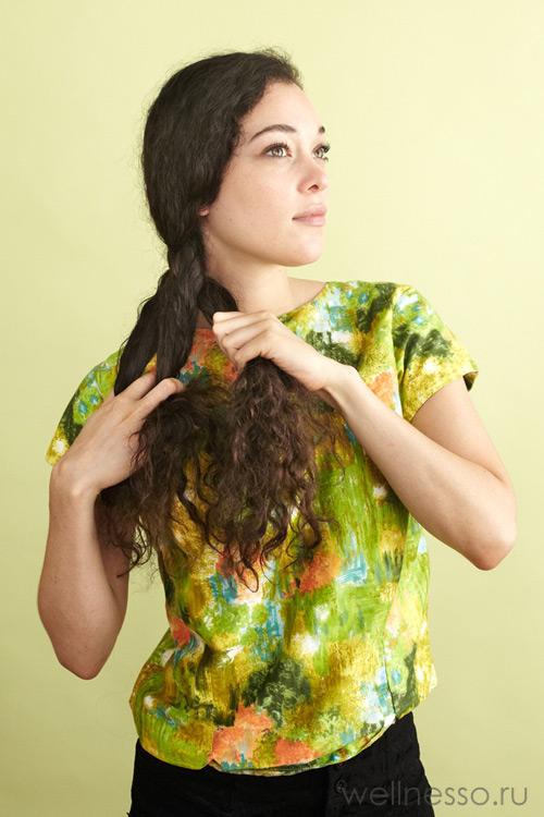 Начинайте заплетать обычную косу