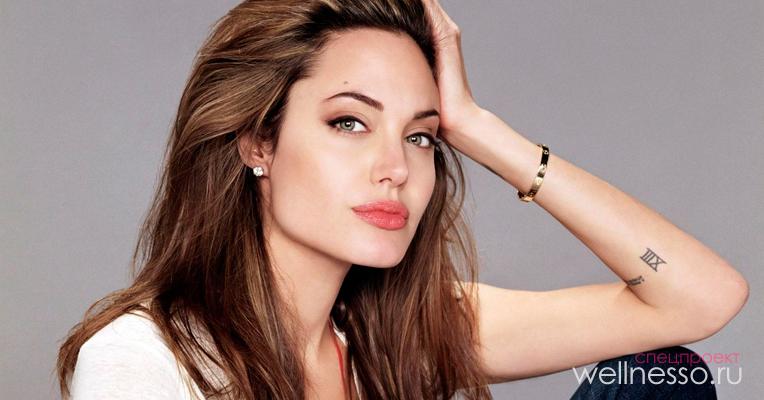 Выразительный взгляд Джоли