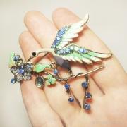 брошка под серебро с волшебной птицей