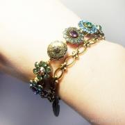 нежный женственный браслет под состаренное золото для весны